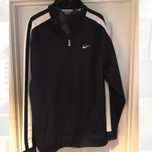 Nike classic heavy duty track jacket - like new